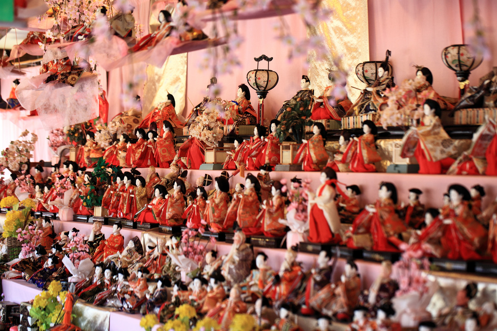 Japanese Dolls | Backpacking with Bacon | Female Solo Travel Tips