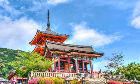 Senso Ji Temple | Backpacking with Bacon | UK Solo Travel Blog