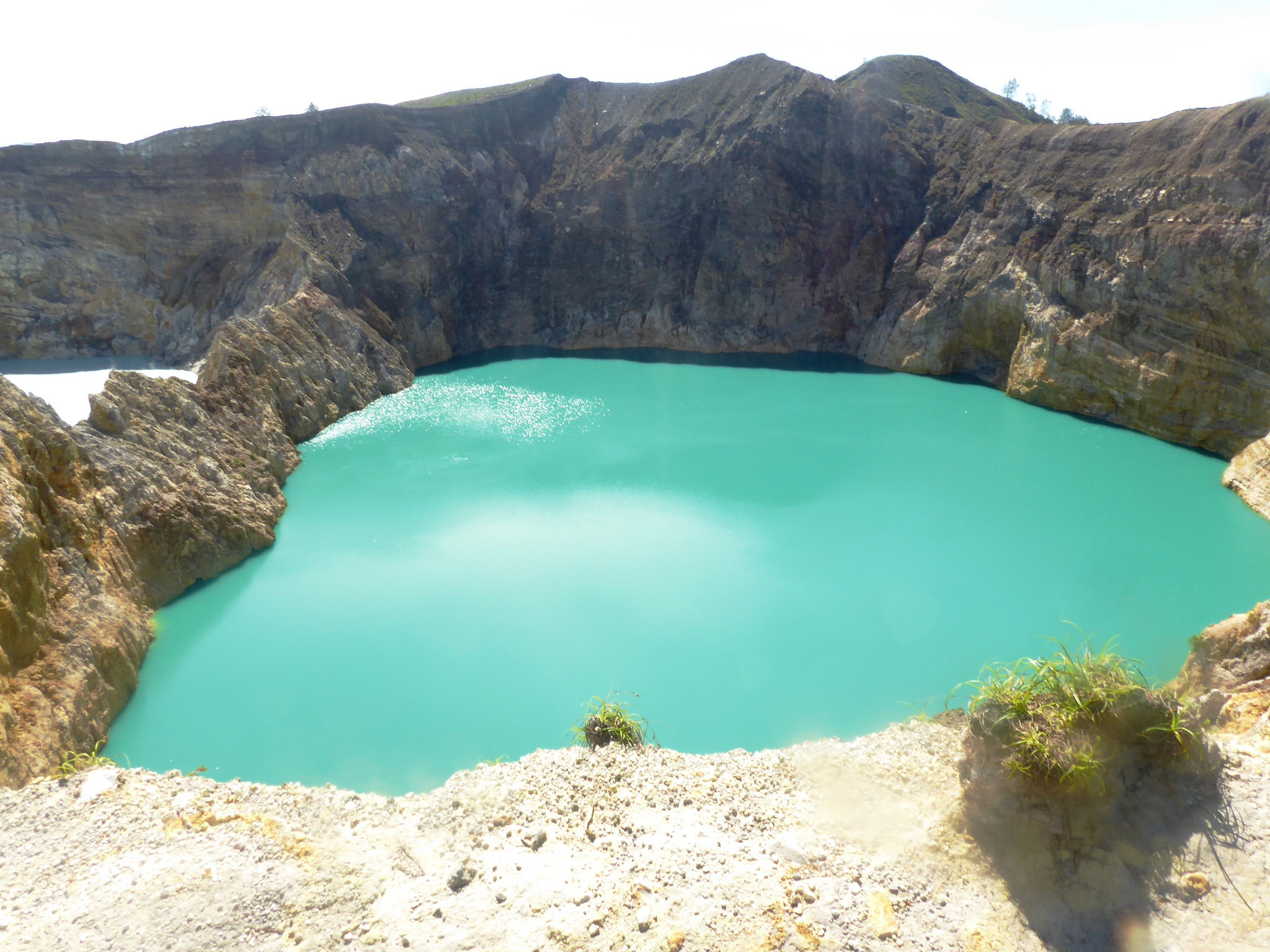 Kelimutu Lake | Backpacking Indonesia | Backpacking with Bacon