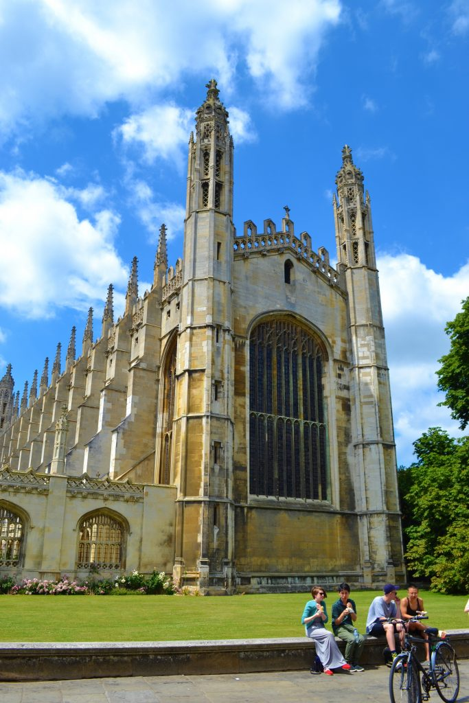 King's College Chapel | Walking in Cambridge | Backpacking with Bacon