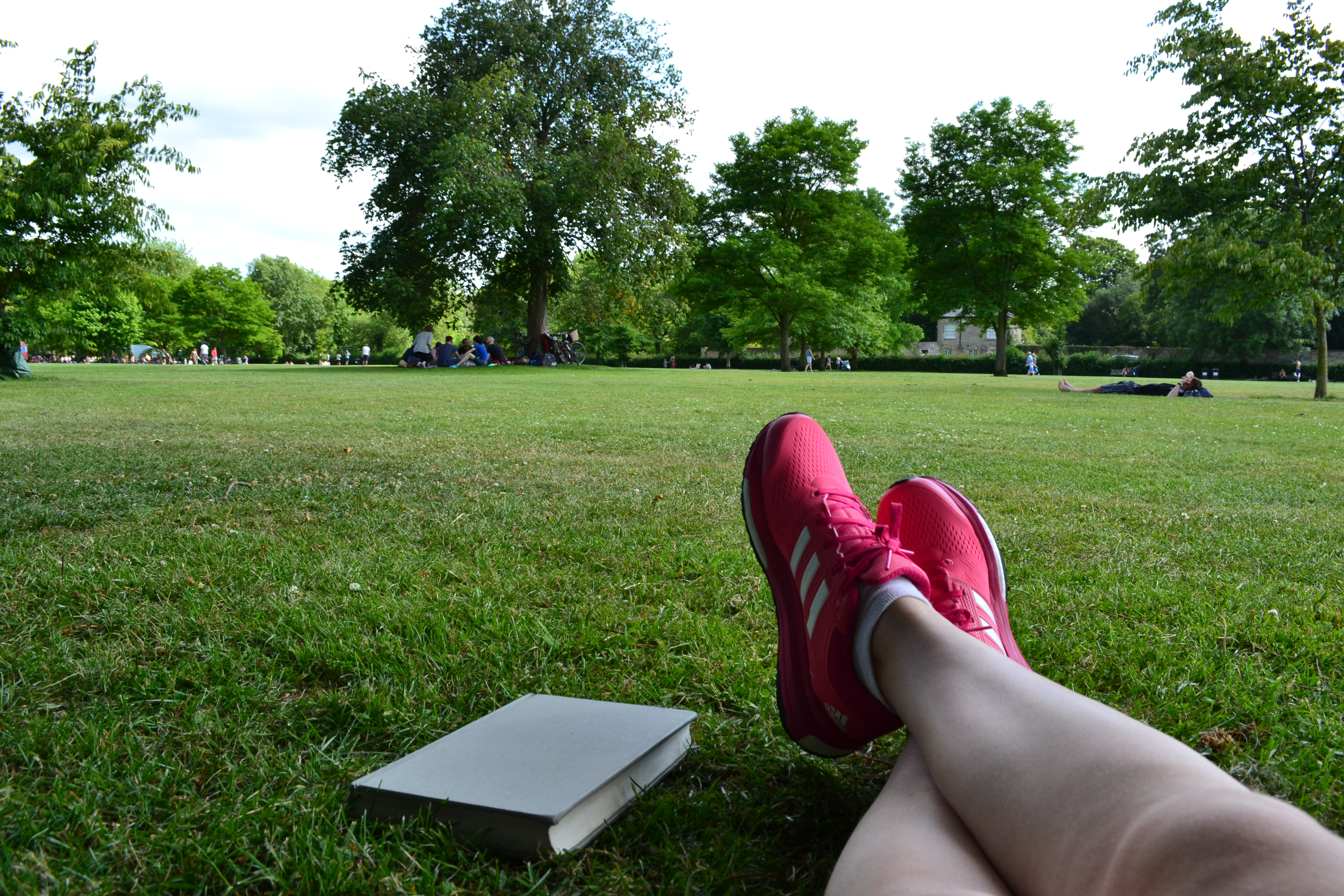 Jesus Green | Walking in Cambridge | Backpacking with Bacon
