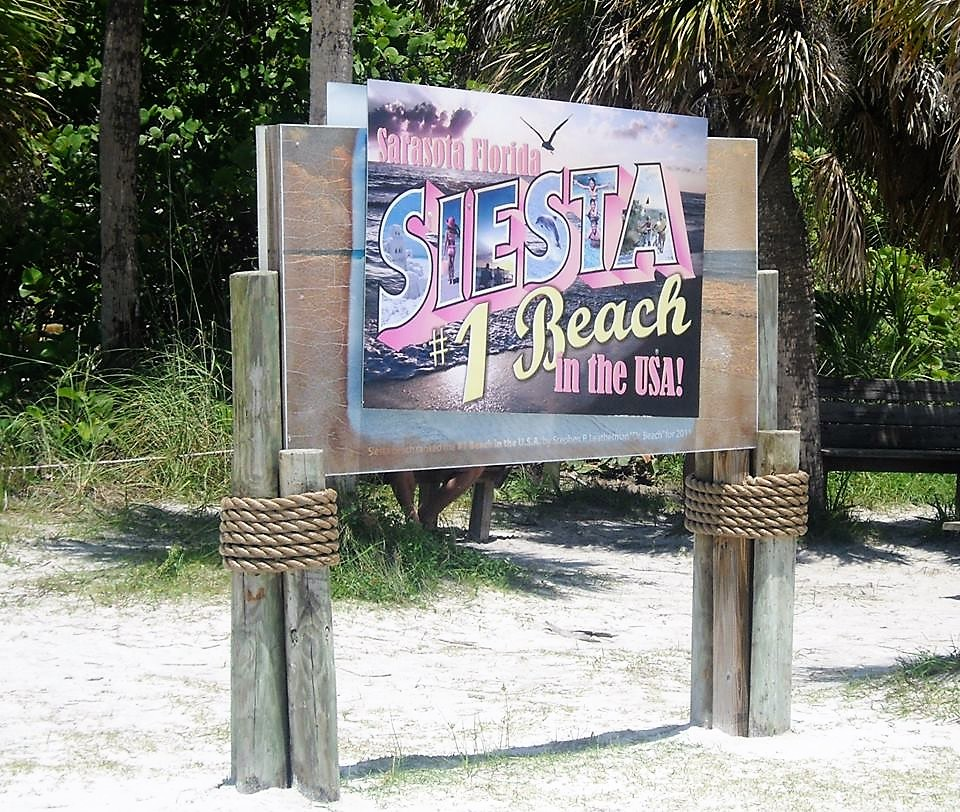 Siesta Beach | Travel in Florida | Backpacking with Bacon