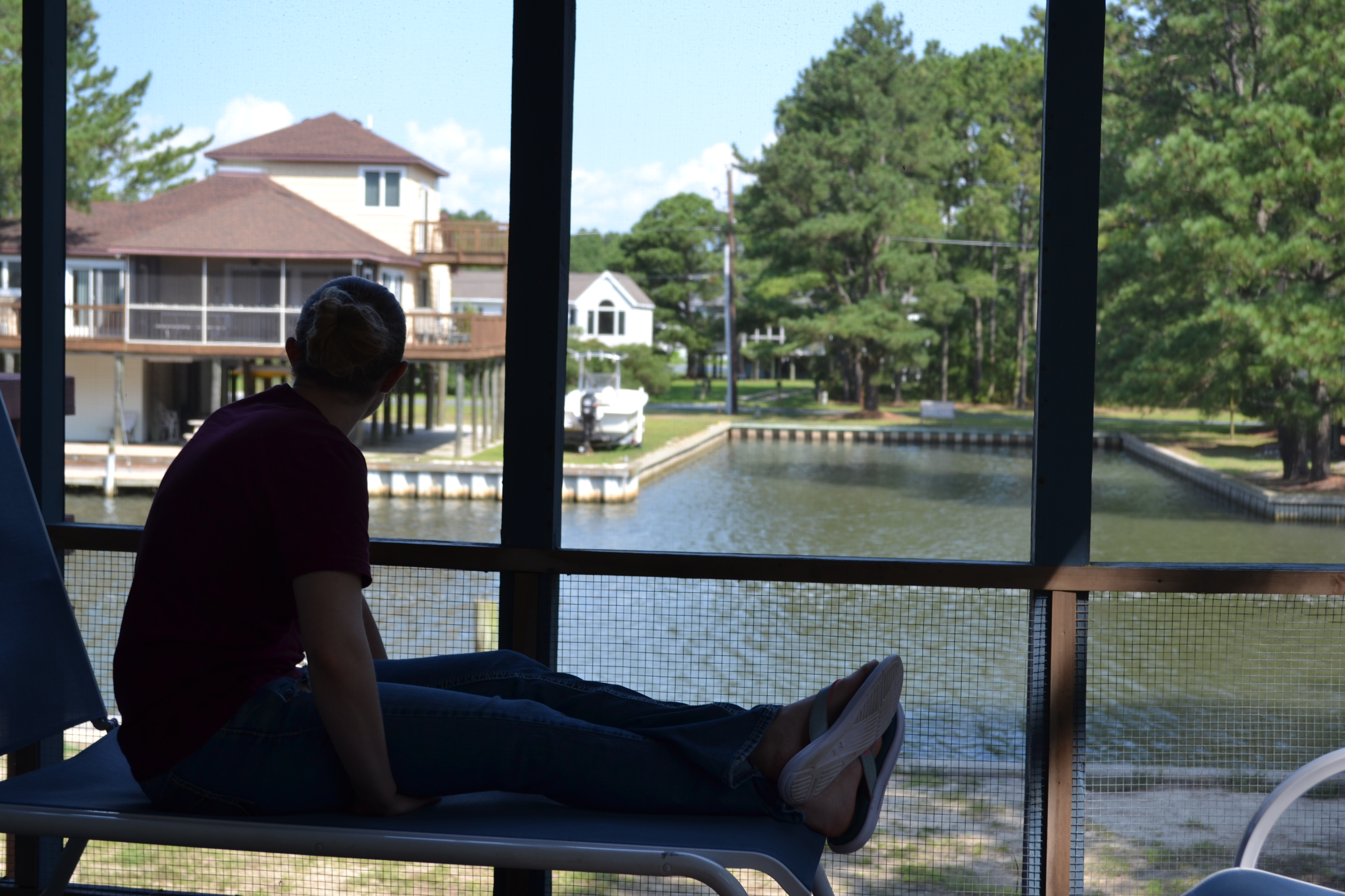 Waterfront Accommodation | Visiting Chincoteague Island | Backpacking with Bacon
