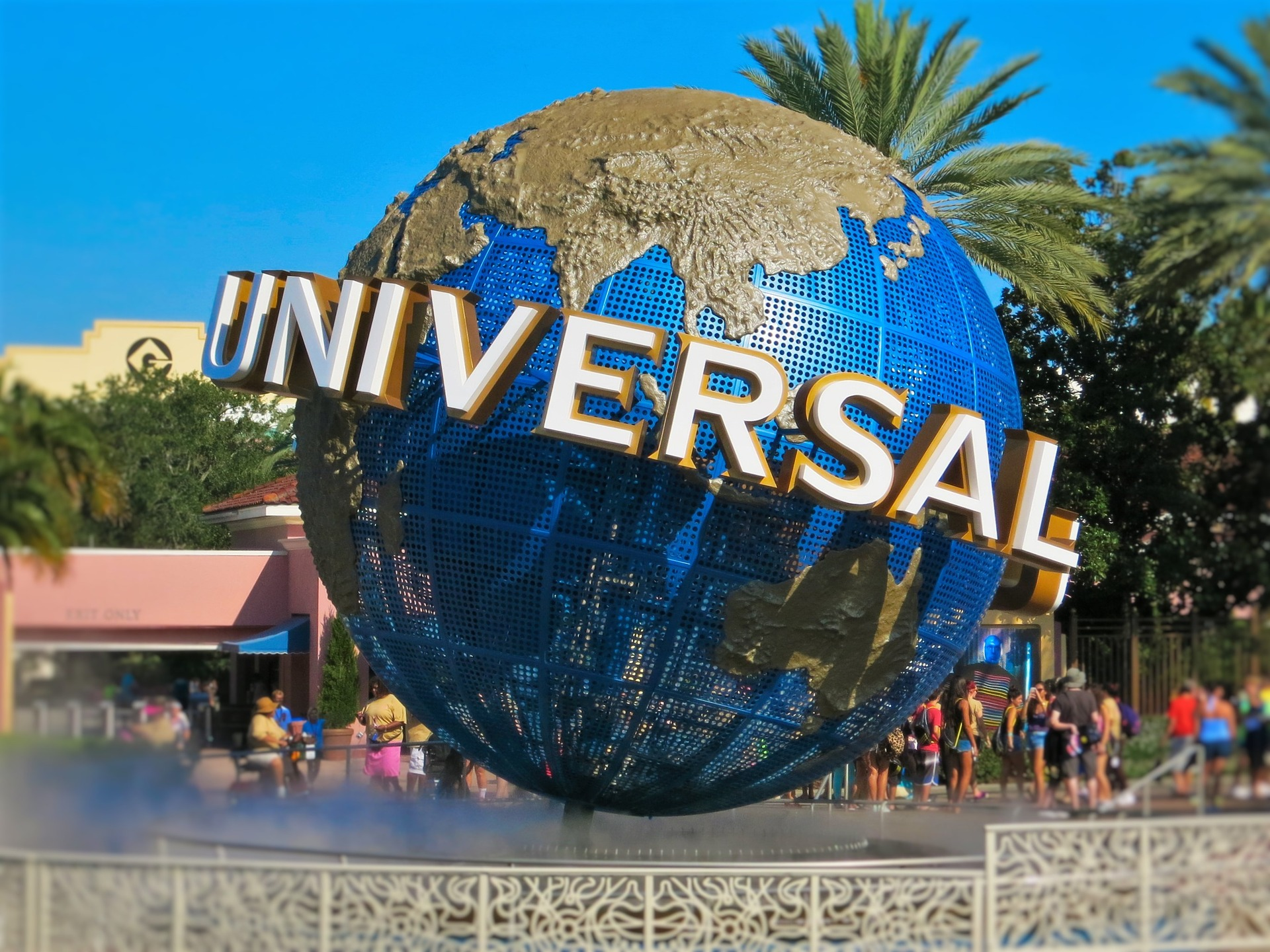 Universal Studios |Best Places to Visit in Florida | Backpacking with Bacon