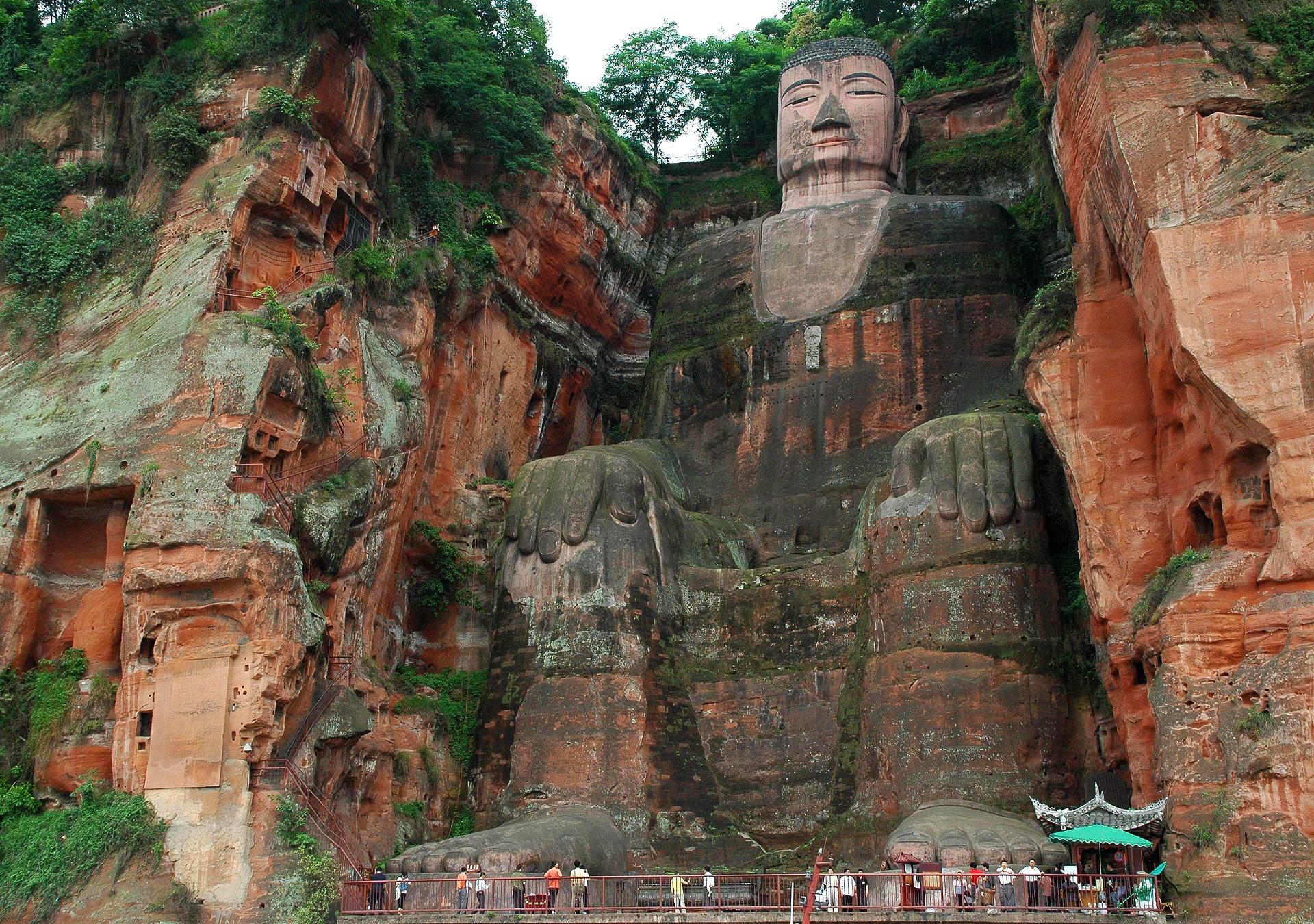 Leshin Buddha | Backpacking with Bacon | Budget Travel Blog