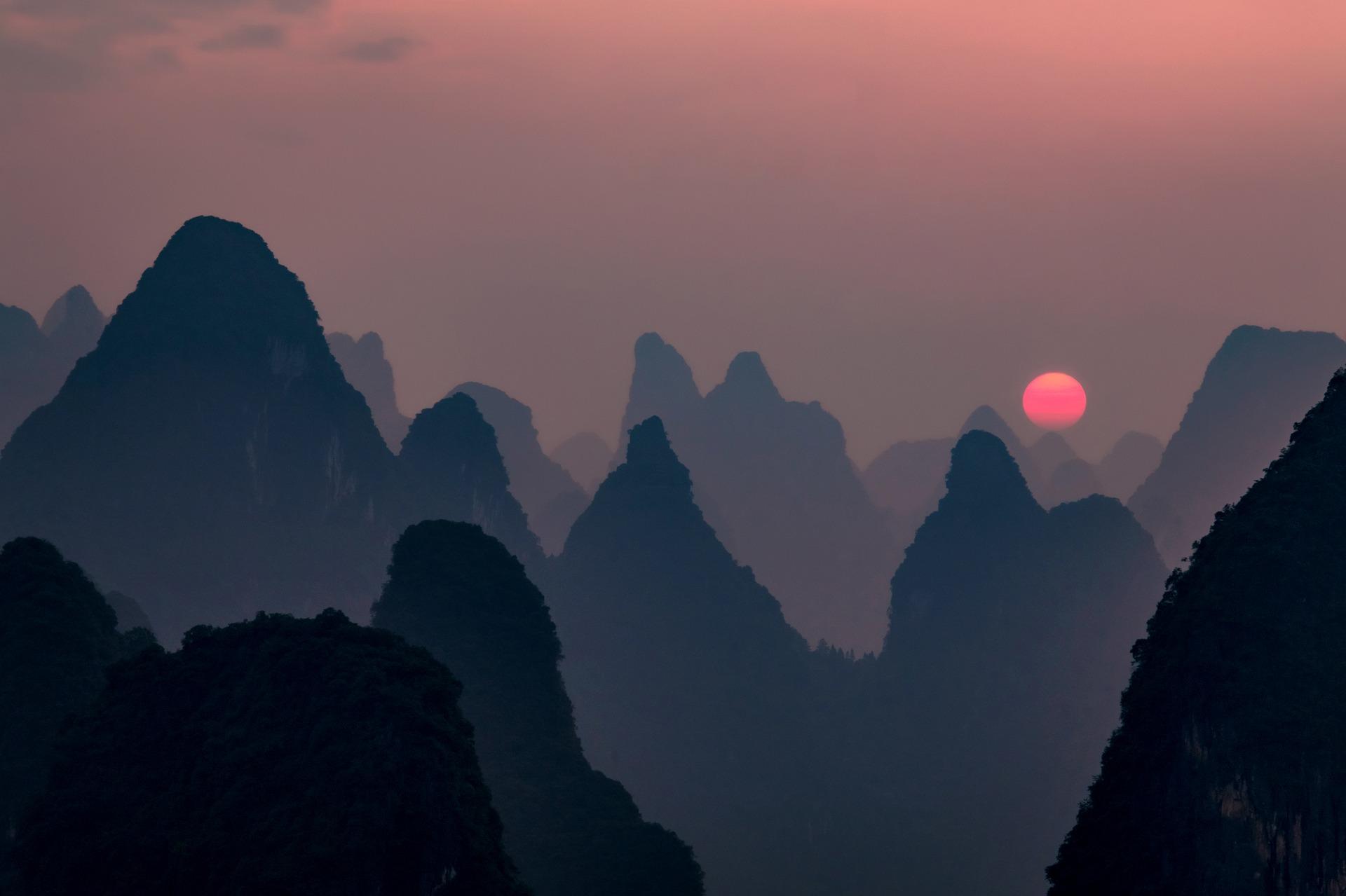 Sunset Limestone China | Backpacking with Bacon | Uk Solo Travel Blog