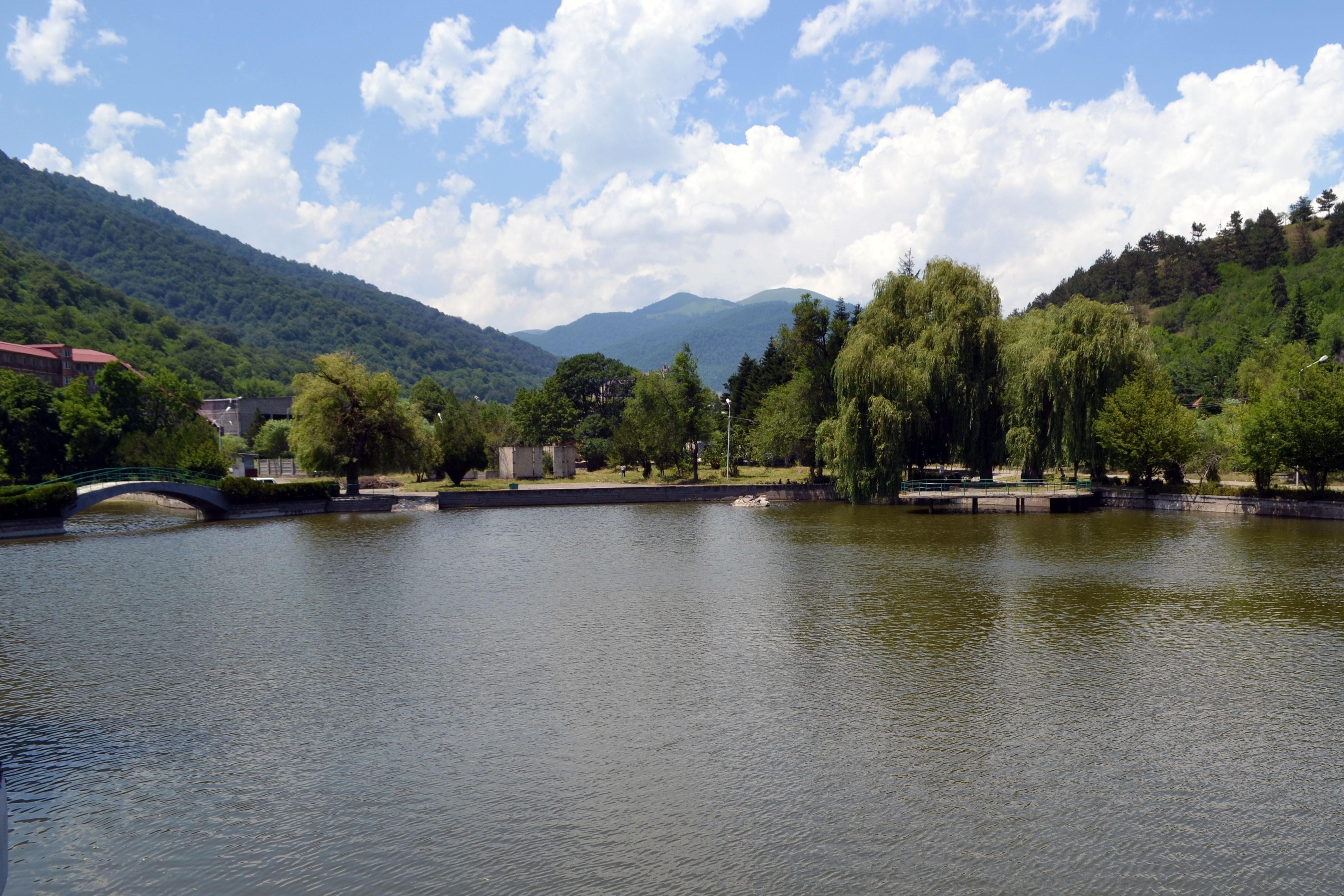 dilijan-lake